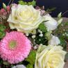 Panier fleuri dans les teintes pastel. Des Lys & Délices, Sion