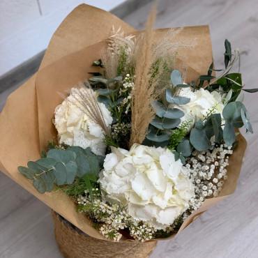 Bouquet bohème dans les blancs, Des Lys & Délices, Sion