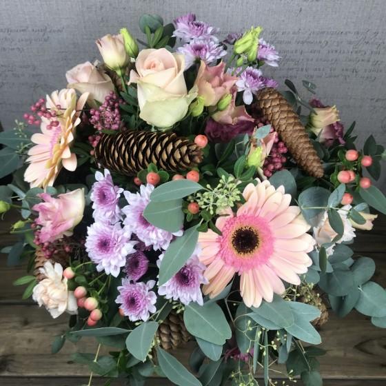 Bouquet pastel, douceur hivernale, Des Lys & Délices, Artisan fleuriste, Sion
