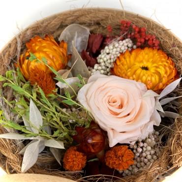 Fleurs séchées dans boite à chapeau et aile d'ange, Des Lys & Délices, Fleuriste à Sion