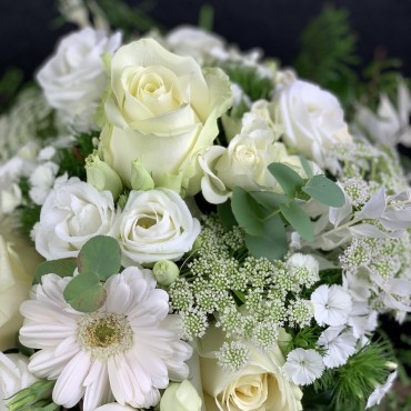 Bouquet blanc avec les plus belles fleurs disponible du jour, Des Lys & Délices, Fleuriste, Sion