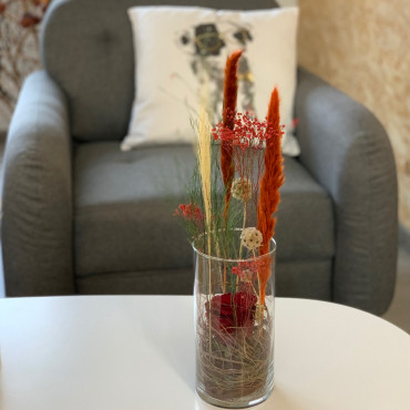 Fleurs séchées en vase, Des Lys & Délices, Fleuriste à Sion