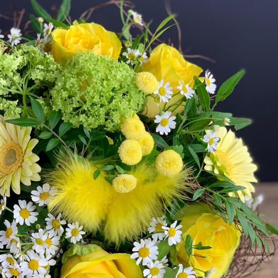 Bouquet aux couleurs du printemps, pour de joyeuses Pâques, Des Lys & Délices, Sion